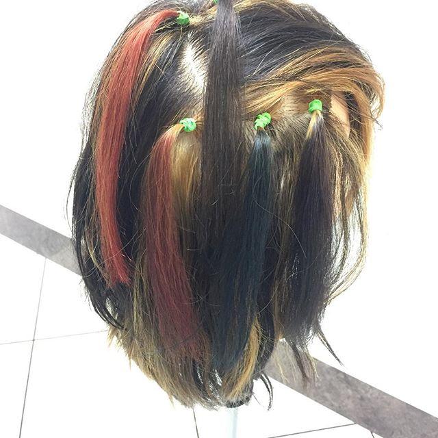 ミルボンアディクシークリエイティブラインは、発色も鮮やかなので、マニキュアのような仕上がりにも出来るんです!クリアな発色を利用して、より綺麗な仕上がりを表現出来そうです!! #アディクシー #ディアローグ #ミルボン#オルディーブ